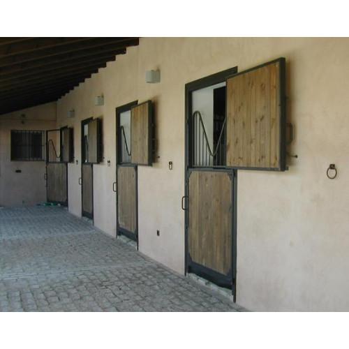 Puerta de box de exterior interior for Exterior y interior